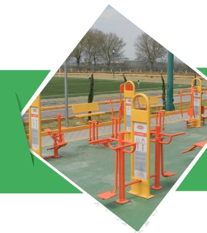 Ejercitadores al aire libre y parques